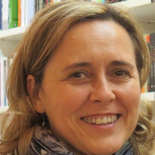 Nuestra profesora de talleres literarios Ana Añón